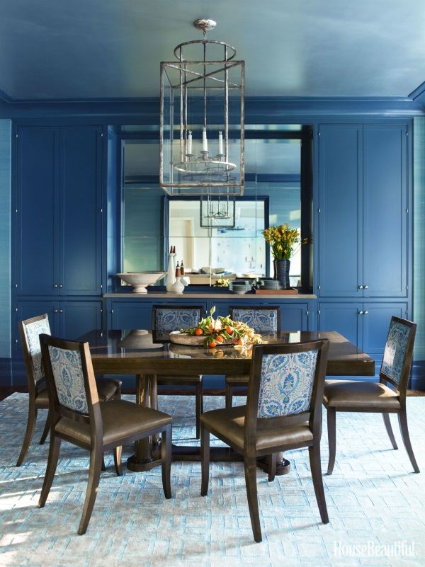 Beautiful Blue Dining Rooms: 19 Glamorous Ways To Decorate With Blue Rugs