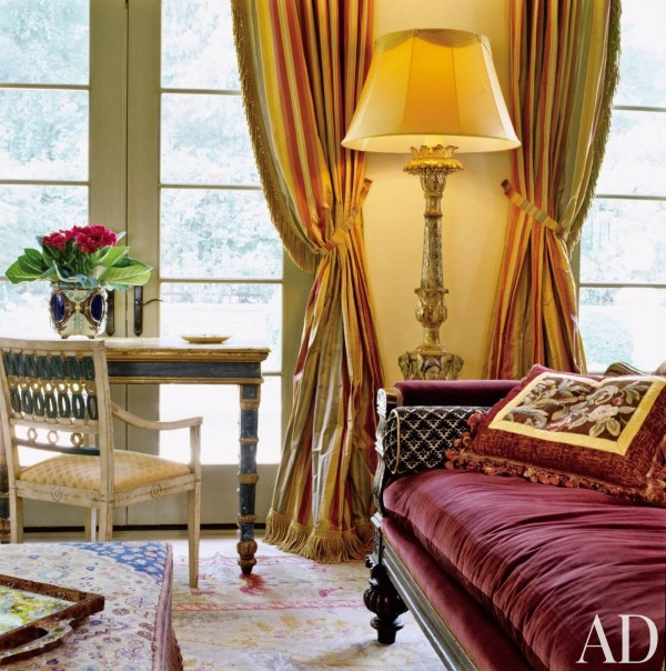 Oriental Rug For Small Room: How To Pick The Best Rugs For Adjacent And Adjoining Rooms