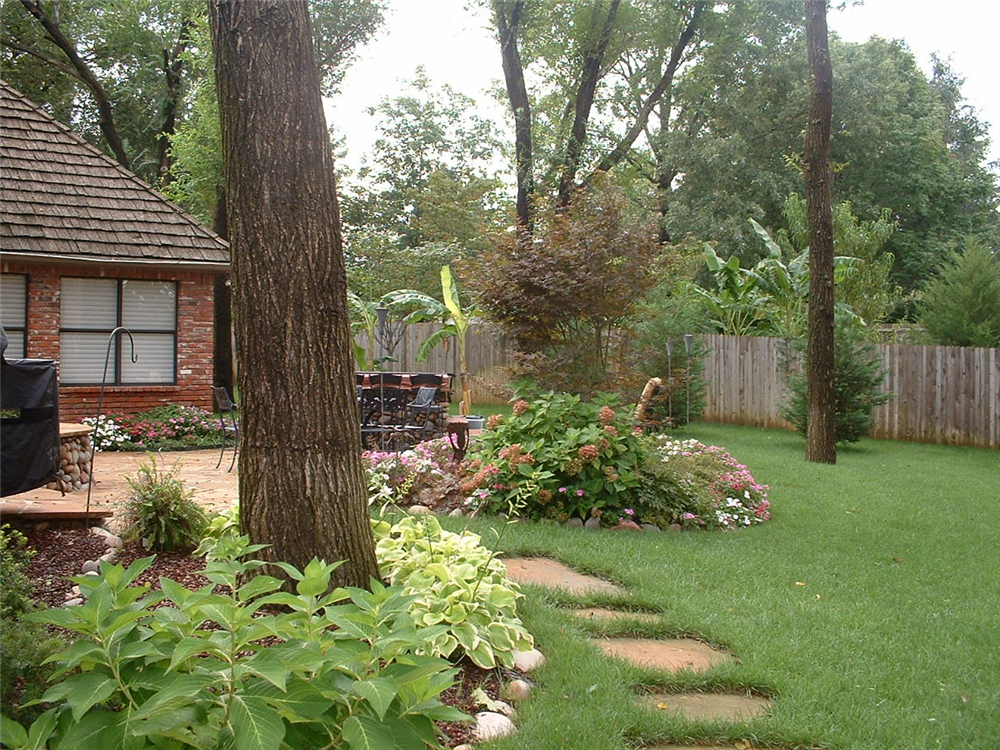 Backyard Hardscape Design Ideas : Backyard Landscape hardscape ideas in Tulsa