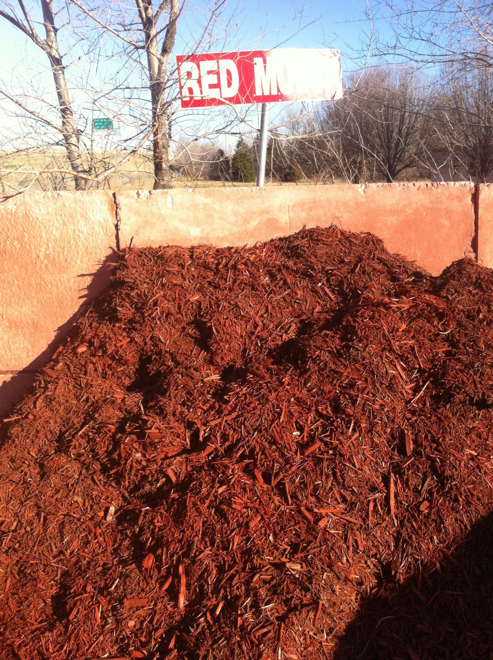 Red Mulch for Tulsa Landscape