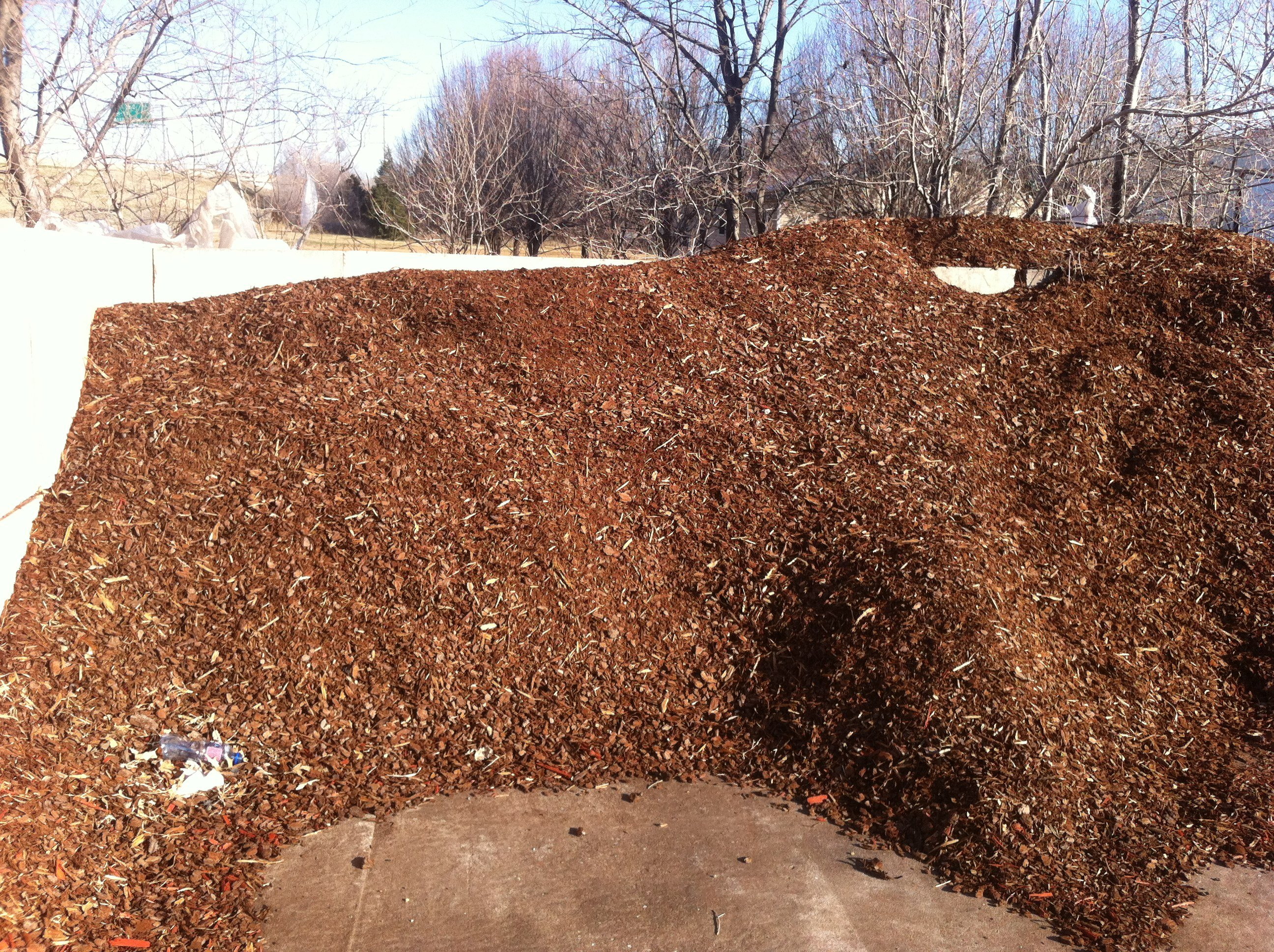Pine bark mulch for tulsa landscape