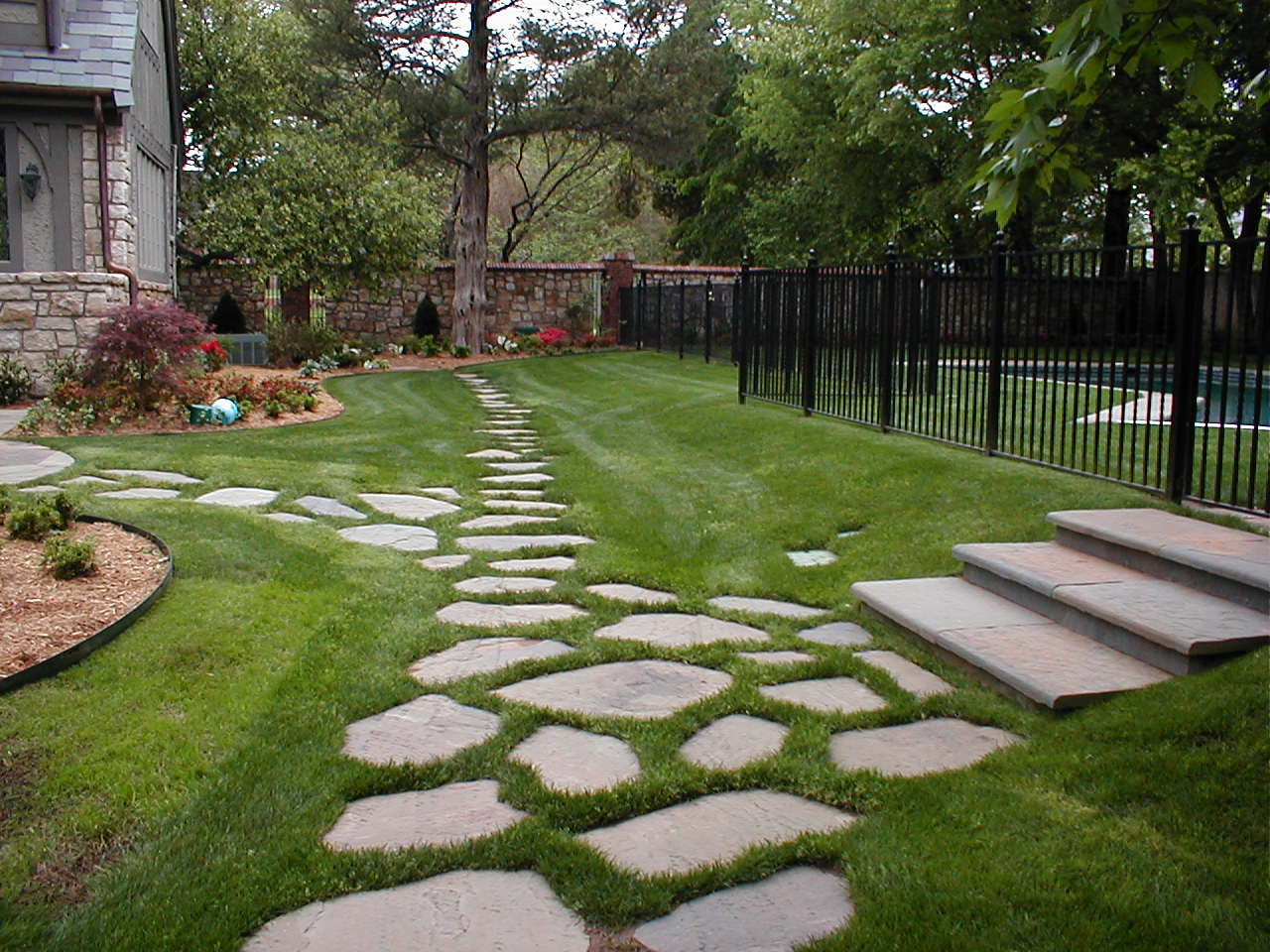Enchanting Small Garden Landscape Ideas With Stepping Walk: Backyard Landscape Hardscape Ideas In Tulsa