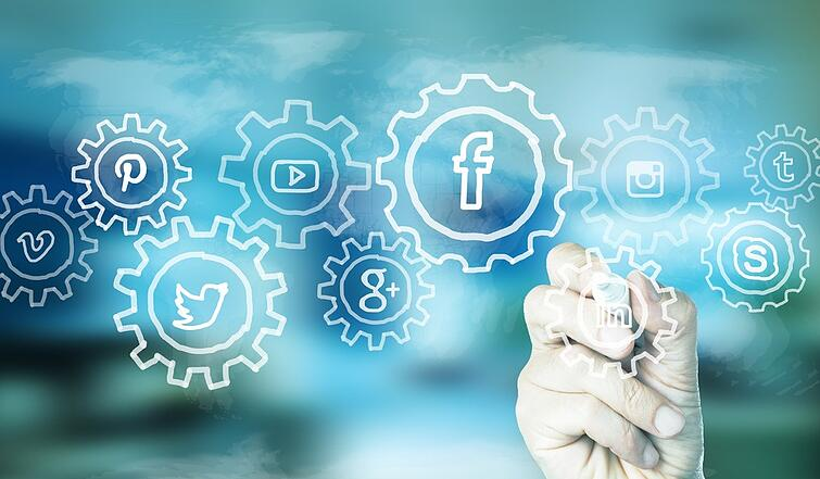 7 reasons insurance companies should be embracing social media