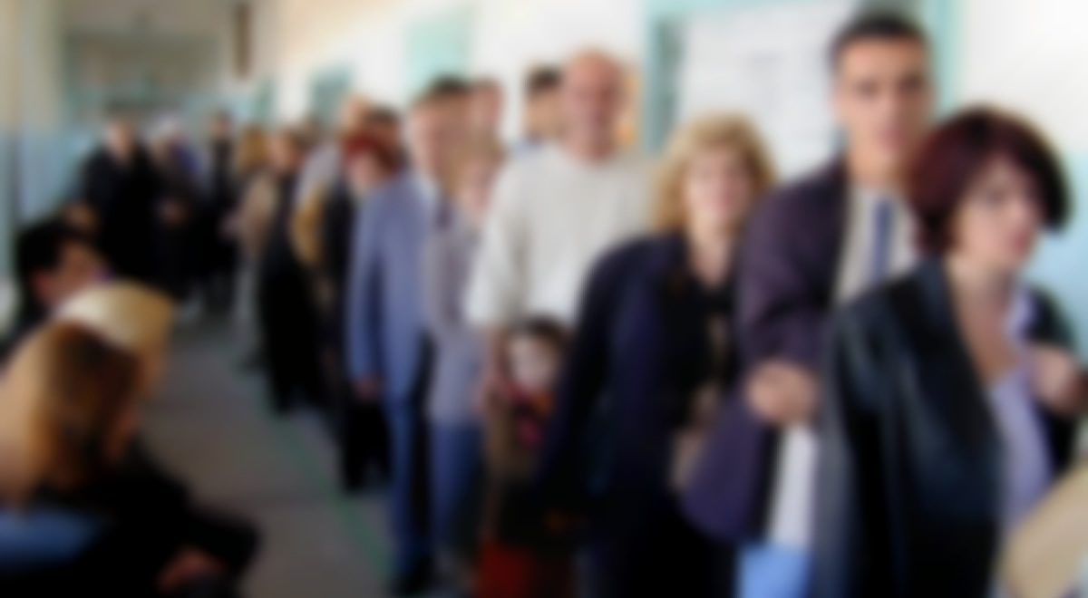people-in-line-