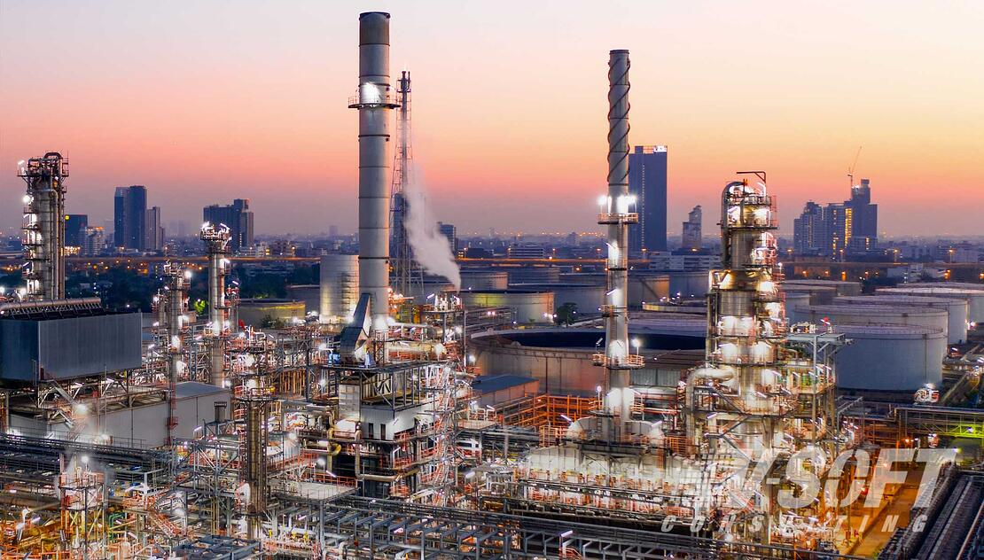 Oil and Gas Refinery Worker with updated AI technology