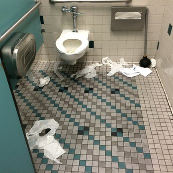 . Dirty Bathrooms Are Soiling Your Business  39  Reputation