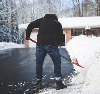 snow-removal-170829-edited.jpg