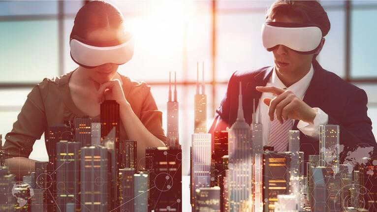 How can immersive technologies help in real estate industry?