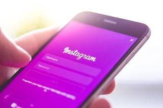 instagram-app-login-splash-screen-logo-on-iphone-picjumbo-com-1.jpg