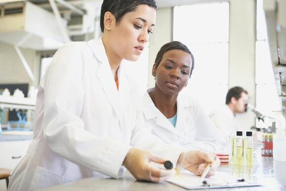 5 Key Features for Life Sciences Executives to look for in an ERP System