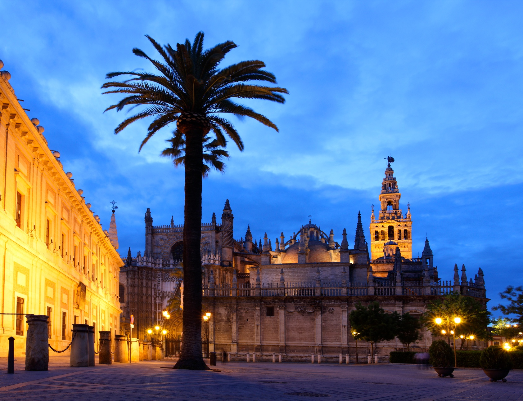 16EC_minisite_Cathedral-of-Seville.jpg