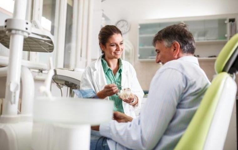 gentech-dentist-meet-out-dentists