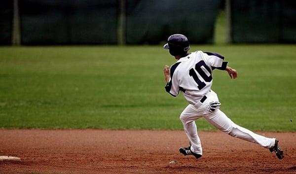 Baseball Running-4