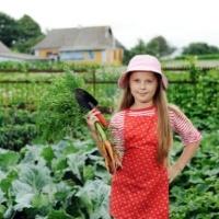 200_gardening_on_small_hobby_farm-013910-edited.jpg