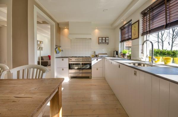 Long white kitchen pixabay
