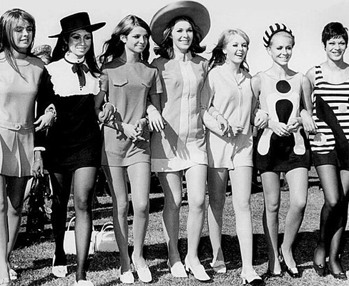 Cosmo girls 1960's.jpg