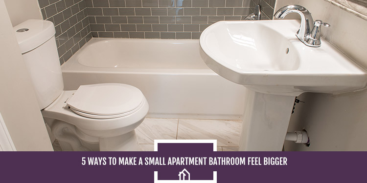 19-SDHousing-0616-Oct2019_5WaystoMakeaSmallApartmentBathroomFeelBigger