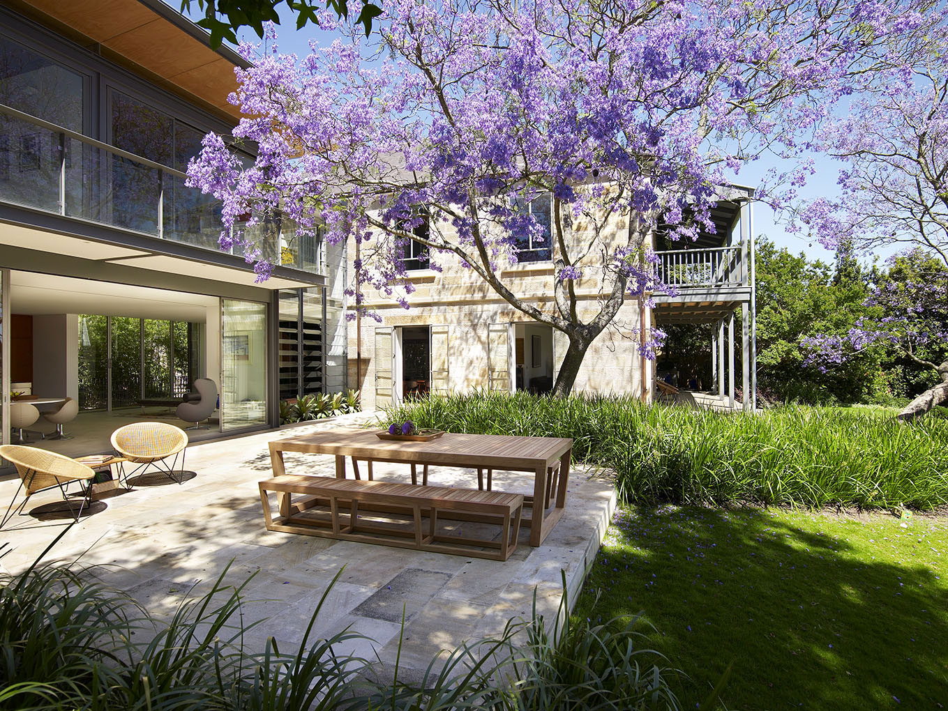 The circa-1877 sandstone manor of three-time Golden Globe winner and two-time Academy Award-winning actress Cate Blanchet sets the scene for relaxed living and entertaining in the historic North Shore suburb of Hunters Hill.