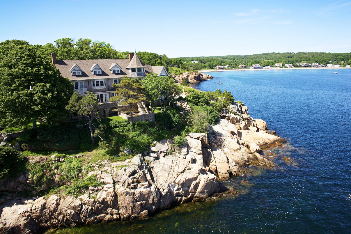 With more than two acres and 500 feet of ocean frontage, this spectacular property is one of very few East Coast properties positioned to capture both the sunrise and sunset over the Atlantic.