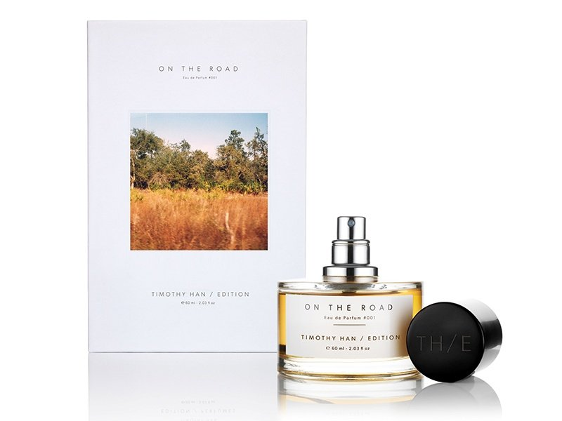 Beginning with smoky notes, <i>On The Road</i> is punctuated by amyris, cedarwood, and patchouli before giving way to fresh green fragrances of galbanum, citrus, and bergamot.