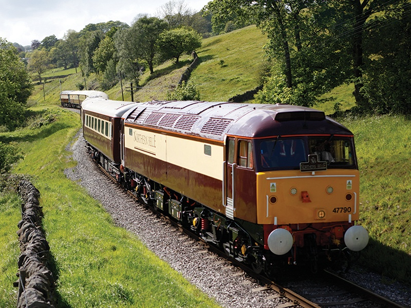 Each of the Northern Belle's seven carriages bears the name of a great British castle or stately home.