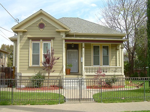 5 northern virginia exterior remodeling color schemes for Brown exterior house color combinations