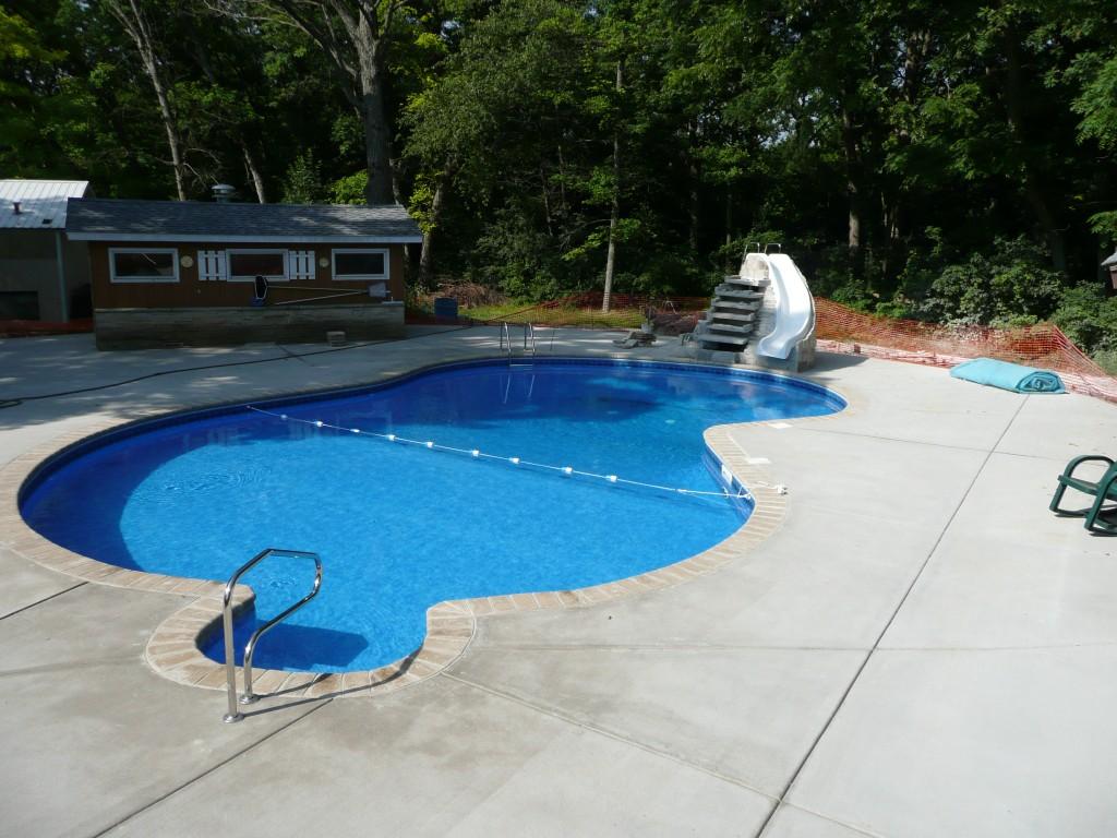 Are FreeForm Pools More Expensive to Build Waukesha
