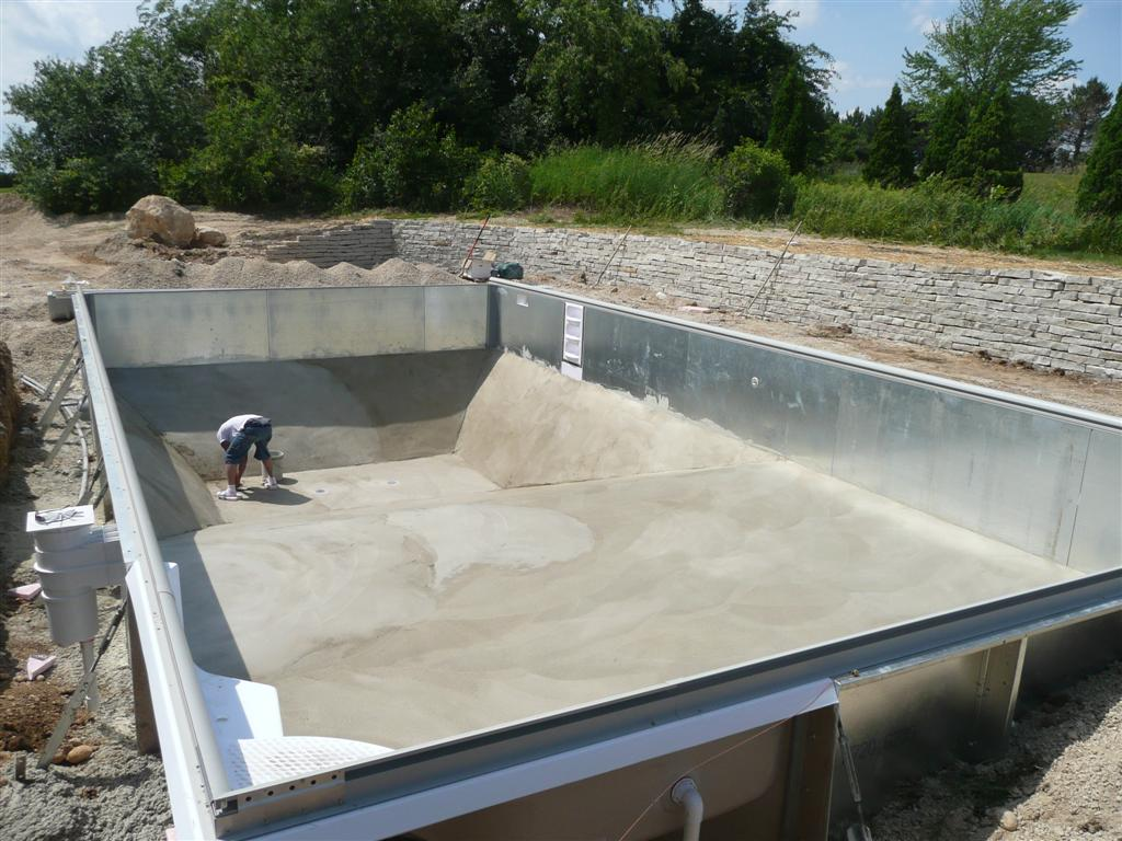 Vermiculite Sand Or Concrete Pool Bottom For My Vinyl