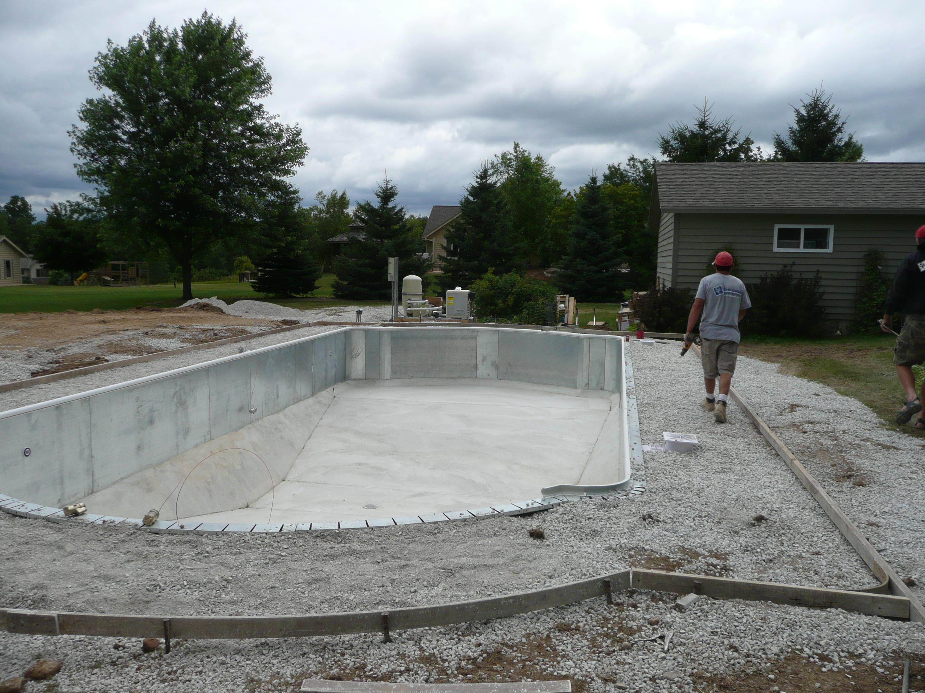 Strong Pool Krete Mixer & Pump