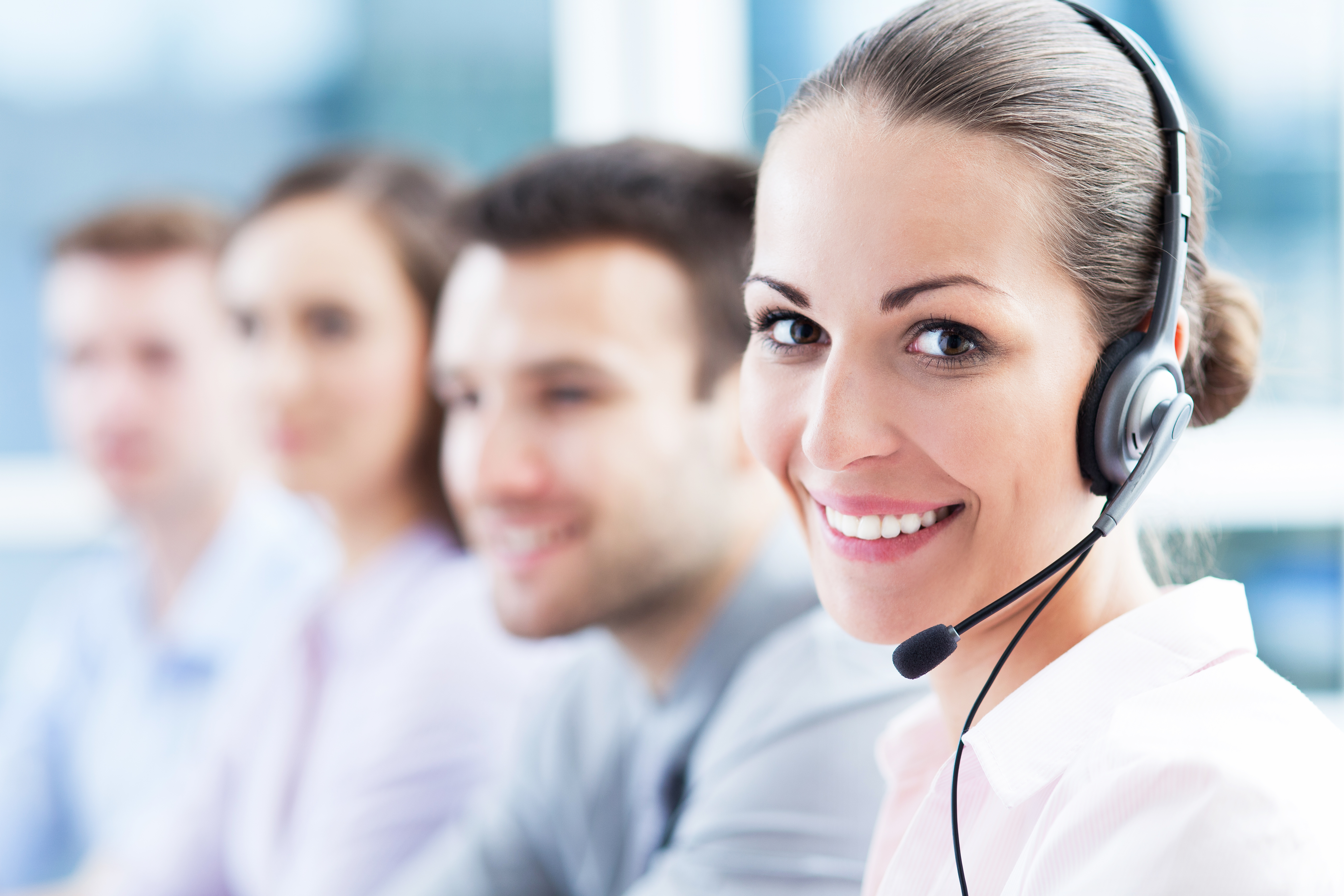 What is a Call Center? (with pictures)