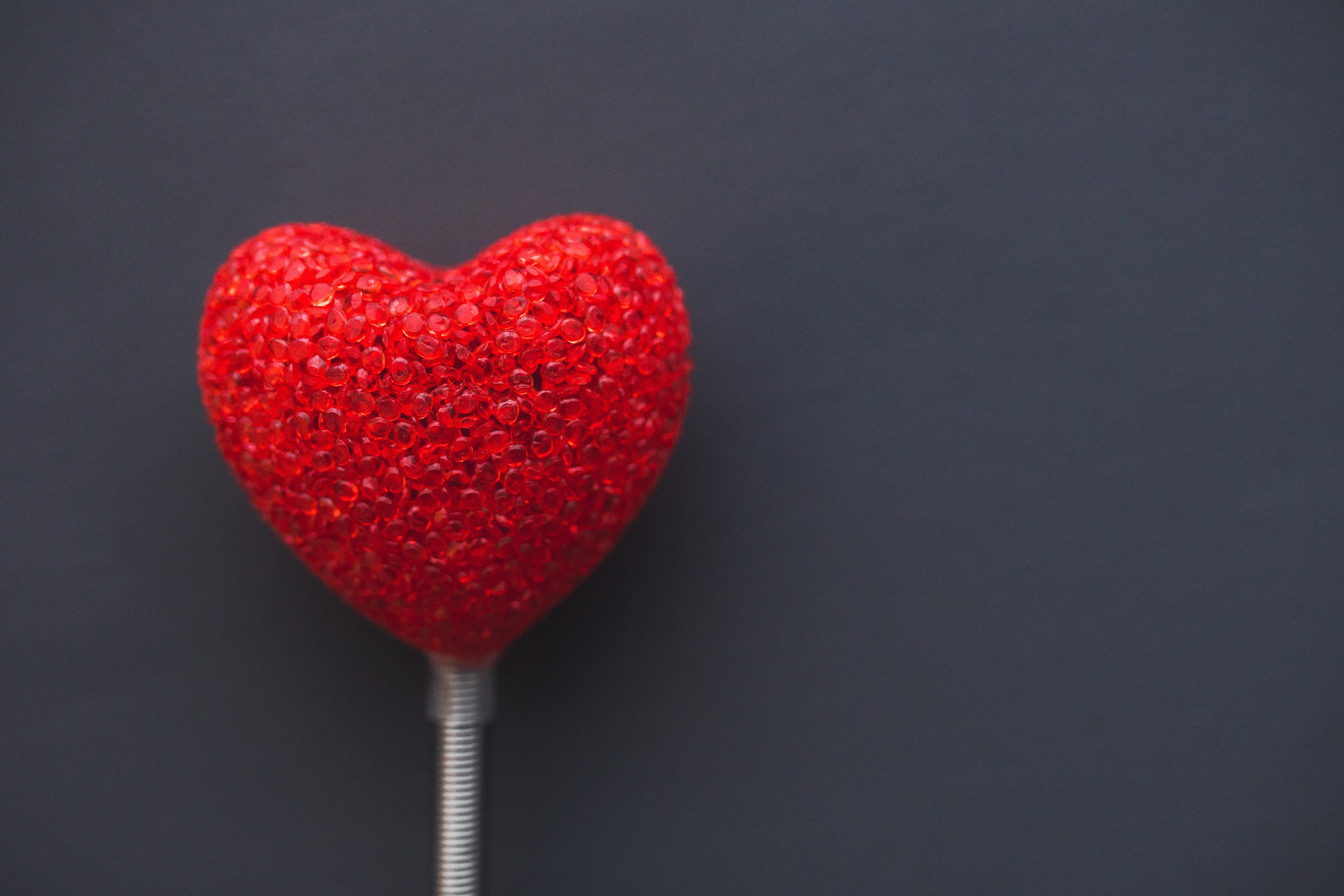 red-love-heart-valentines.jpg