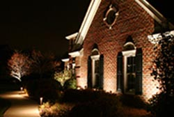 outdoor lighting installation in Wisconsin | Outdoor Lighting Tips