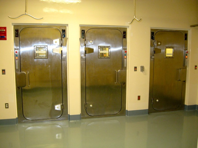 Presray APR laboratory doors with pneumatic seals. & Pneumatic Seal APR Doors Pezcame.Com