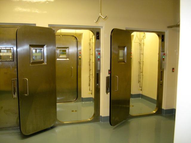 Presray APR laboratory doors with pneumatic seals. & Pneumatic Seal APR Doors Pezcame.Com