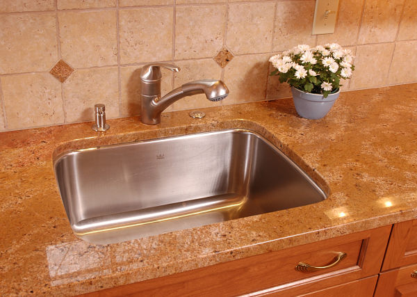 Kitchen Sink Styles : Tips for Selecting the Right Kitchen Sink Style for Your Home