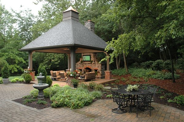 8 great design ideas for outdoor living spaces for Outdoor gazebo plans with fireplace
