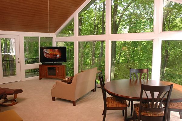 4 things to know about three season room design for Large windows for sunroom