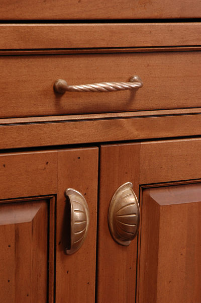 how to select knobs pulls and hinges for cabinets and drawers. Black Bedroom Furniture Sets. Home Design Ideas