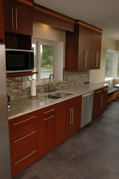 Contemporary kitchens one of the hottest trends in for Full kitchen cabinets