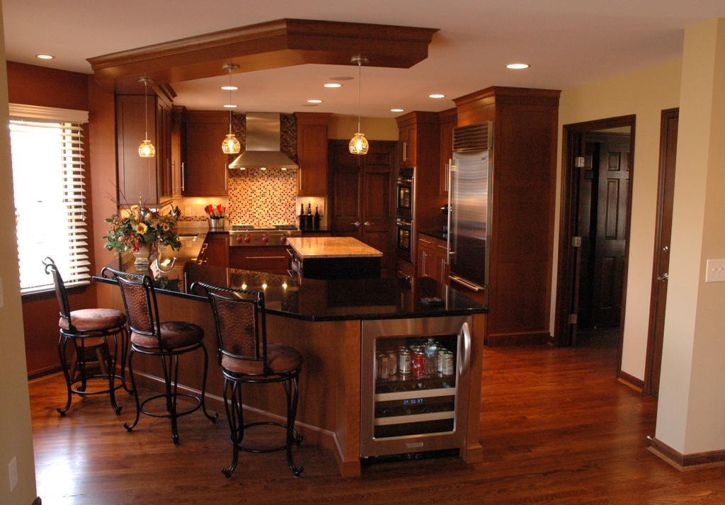9 kitchen design ideas for entertaining for Great kitchen remodel ideas