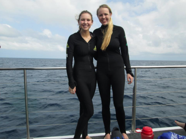Katie Kohler prepares for Scuba Diving during her Internship in Australia