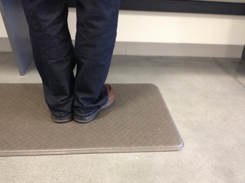 Choose The Best Standing Desk Mat