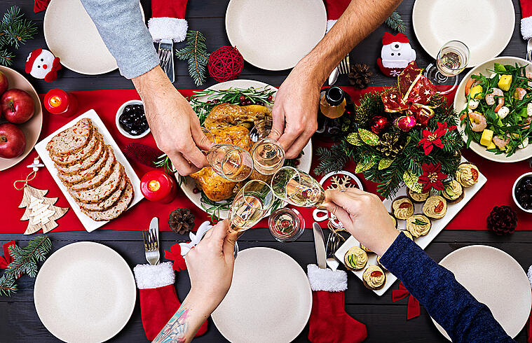 Make Holiday Hosting Easier with These Must-have Items