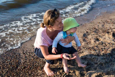 mom-baby-sand-play.jpg