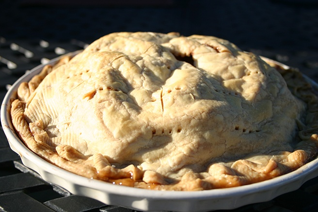 Baked-Full-Apple-Pie.jpg