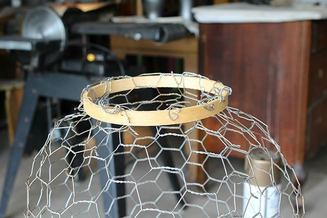 Embroidery-Hoops-on-Top-of-the-Wire-Cage.jpg