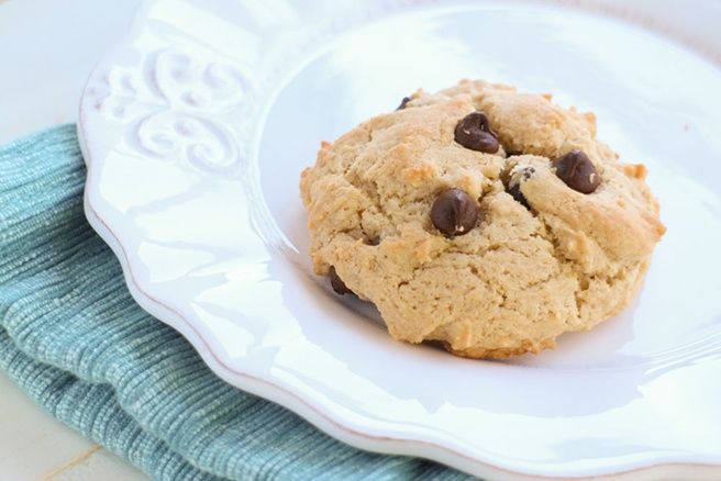 Single-Serving-Peanut-Butter-Chocolate-Chip-Cookie_7.jpg