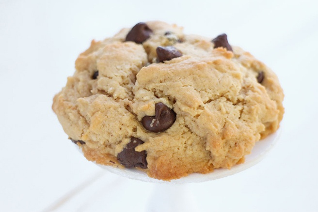 Single-Serving-Peanut-Butter-Chocolate-Chip-Cookie_9.jpg