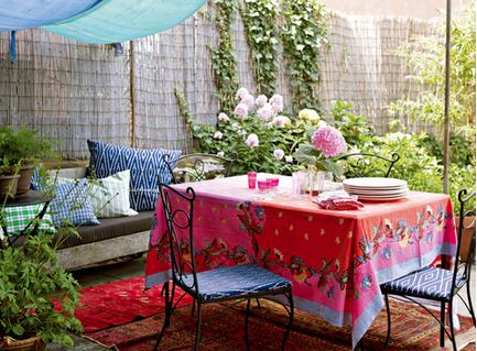 Outdoor Entertaining and Decorating