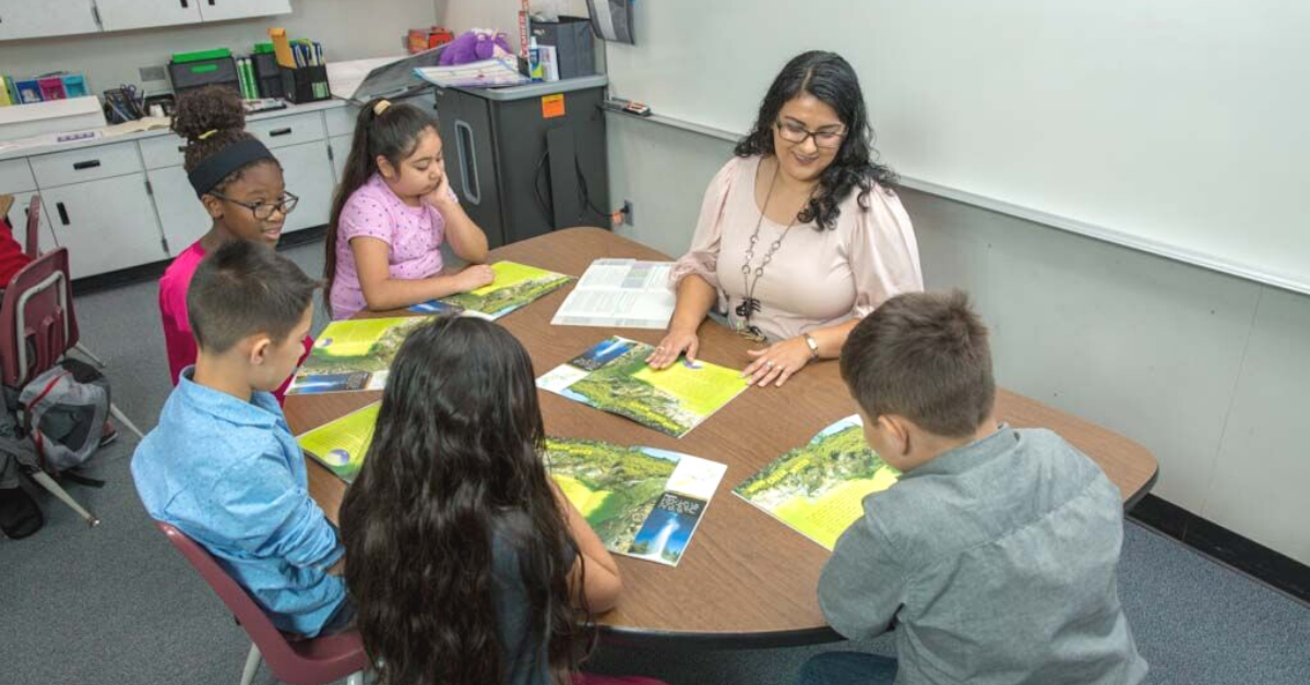 Guided Reading by Irene C. Fountas and Gay Su Pinnell